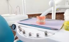 produse curatare proteze dentare